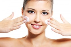 Использование крема после чистки лица