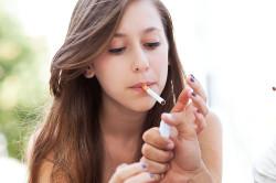 Потеря эластичности кожи из-за курения
