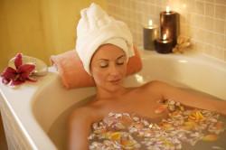 Горячая ванна перед массажем
