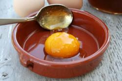 Приготовление яичной маски