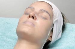 Проведение парафинотерапии для лица