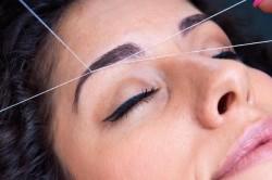 Метод подтяжки бровей нитями
