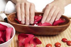 Ванночка для лечения кожи рук