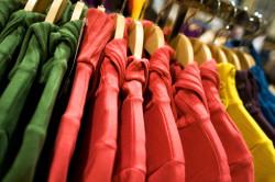 Одежда из синтетики - причина появления прыщей на спине
