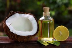 Кокосовое масло против растяжек