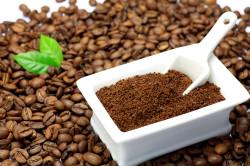 Молотый кофе для приготовления скраба