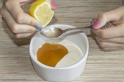 Приготовление отбеливающей маски с лимоном
