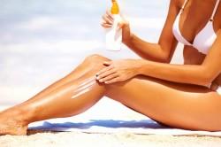 Чрезмерное пребывание на солнце - причина сыпи на лице